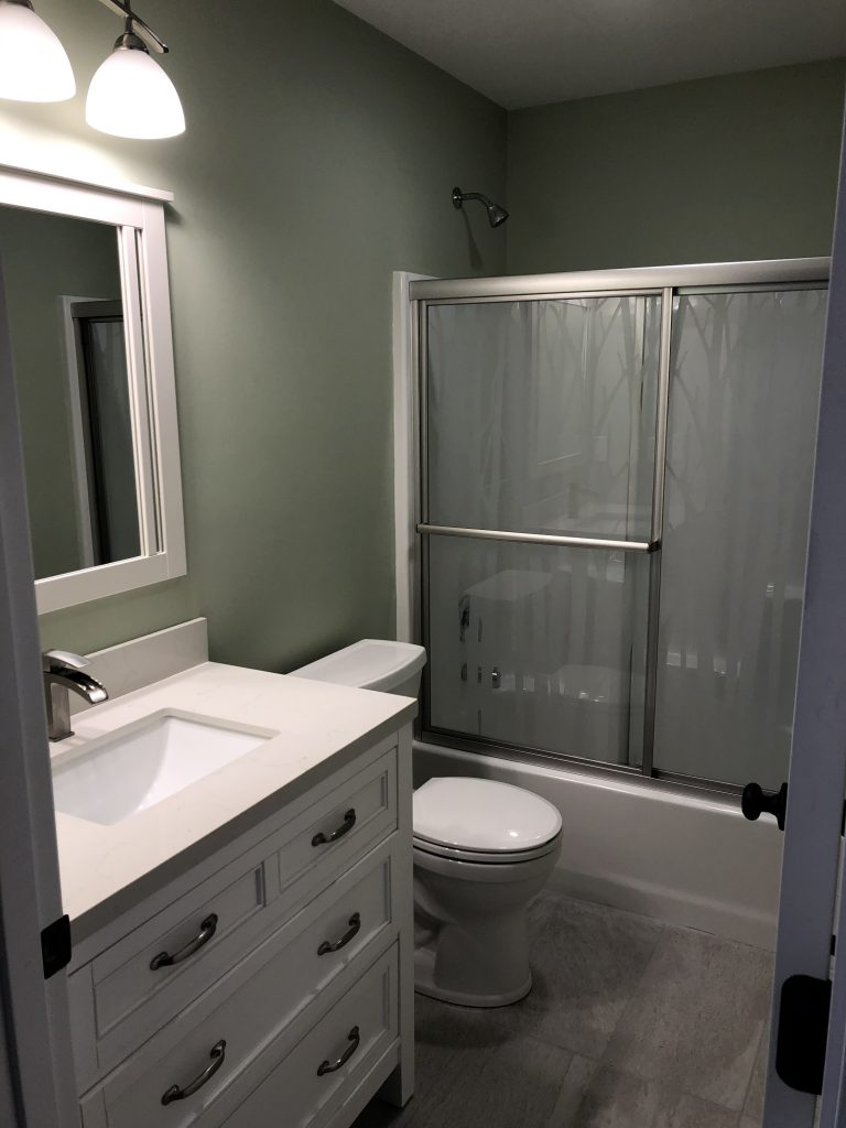 Northland Homes Guest Bathroom
